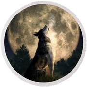 Howling Wolf Round Beach Towel
