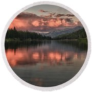 Hume Lake Sunset Round Beach Towel