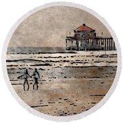 Huntington Beach Surfers Round Beach Towel