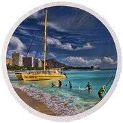 Idyllic Waikiki Beach Round Beach Towel by David Smith