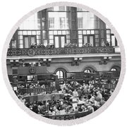 Interior Of Ny Stock Exchange Round Beach Towel