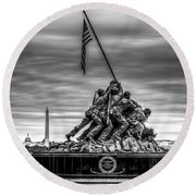 Iwo Jima Monument Black And White Round Beach Towel