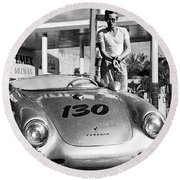 James Dean Filling His Spyder With Gas Black And White Round Beach Towel