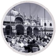 Jazz In Piazza San Marco Black And White  Round Beach Towel