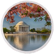Jefferson Memorial In Spring Round Beach Towel