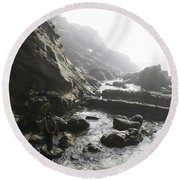Jesus Christ- In The Presence Of Angels Round Beach Towel