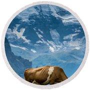 Jungfrau Cow - Grindelwald - Switzerland Round Beach Towel