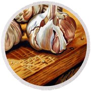 Just Garlic Round Beach Towel