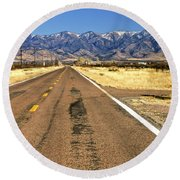 Keep Right On Round Beach Towel