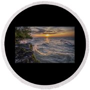 Kelleys Island At Sunset Round Beach Towel
