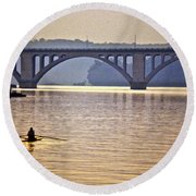 Key Bridge Rower Round Beach Towel