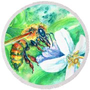 Key Lime Honeybee Round Beach Towel