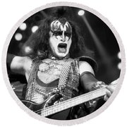 Kiss-gene-gp09 Round Beach Towel