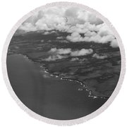 Kona And Clouds Round Beach Towel