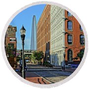 Laclede's Landing Just North Of The Arch Round Beach Towel