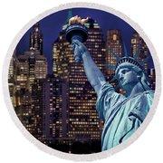 Lady Liberty By Night Round Beach Towel