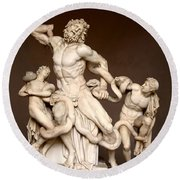 Laocoon And Sons Round Beach Towel by Ellen Henneke