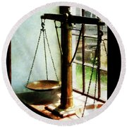 Lawyer - Scales Of Justice Round Beach Towel