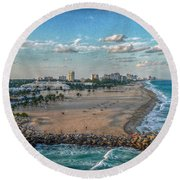 Leaving Port Everglades Round Beach Towel