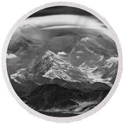 101366-lenticular Cloudcap Over Mt. Mckinley Round Beach Towel