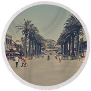 Life In A Beach Town Round Beach Towel