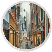 Light From San Salvador Merceria Del Capitello San Marco Venezia Round Beach Towel
