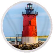Lighthouse At The Delaware Breakwater Round Beach Towel