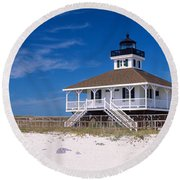 Lighthouse On The Beach, Port Boca Round Beach Towel