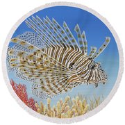 Lionfish And Coral Round Beach Towel