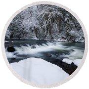 Little Fall Creek Winter Round Beach Towel