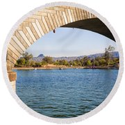 London Bridge At Lake Havasu City Round Beach Towel
