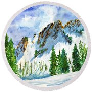 Lone Tree In The Afternoon Round Beach Towel