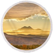 Longs Peak Autumn Sunset Round Beach Towel