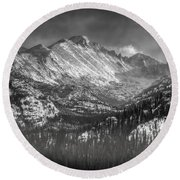 Longs Peak Rocky Mountain National Park Black And White Round Beach Towel