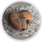 Round Beach Towel featuring the photograph Lost Heart by Juergen Weiss