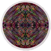 Love Centered In The Reach Round Beach Towel