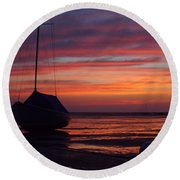 Sunrise At Low Tide Round Beach Towel