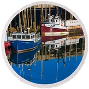 Boats And Reflections At Low Tide On Digby Bay Nova Scotia Round Beach Towel