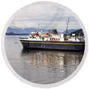 Round Beach Towel featuring the photograph M/v Leconte by Cathy Mahnke