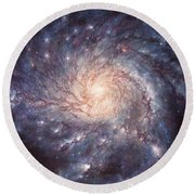 M101 Pinwheel Galaxy Round Beach Towel