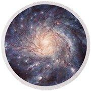 M101 Pinwheel Galaxy Round Beach Towel