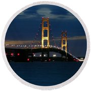Mackinac Bridge At Dusk Round Beach Towel