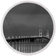Mackinac Bridge Black And White Round Beach Towel