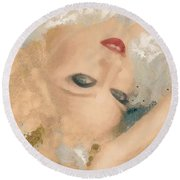 Madonna Wow Round Beach Towel