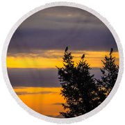 Magpies At Sunrise Round Beach Towel