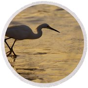 March Of The Egret Round Beach Towel