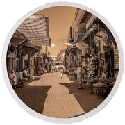Marrackech Souk At Noon Round Beach Towel