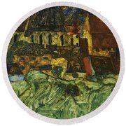 Meadow Church And Houses Round Beach Towel