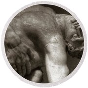 Menelaus Supporting The Body Of Patroclus Round Beach Towel