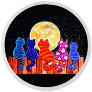 Meowing At Midnight Round Beach Towel